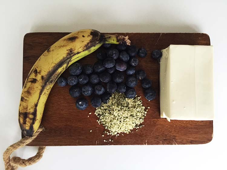 Banana Blueberry Tofu Smoothie ingredients