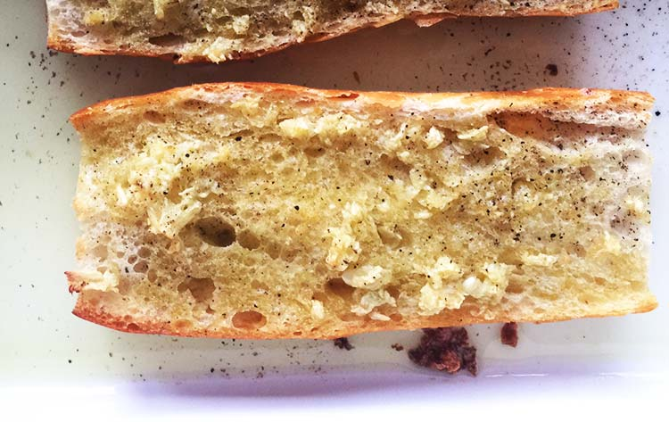 The easiest garlic bread