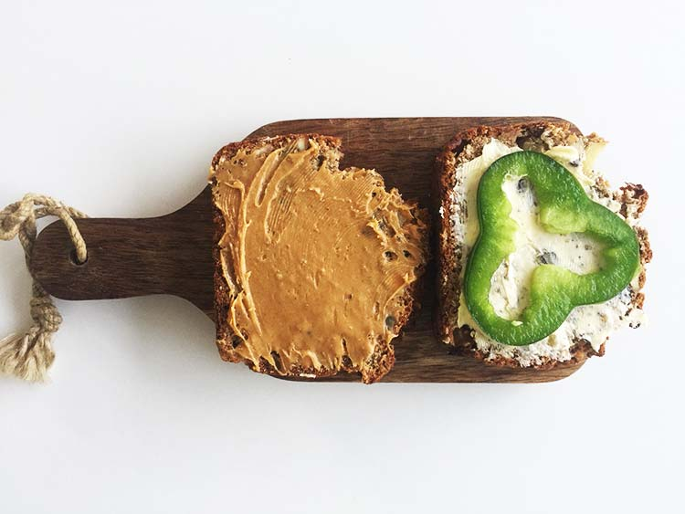 Apple and Nut Bread - Topping
